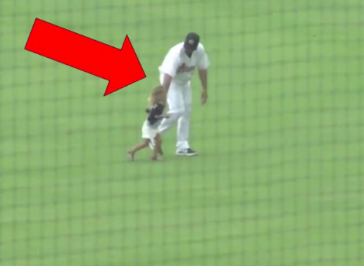Little Girl Runs Onto Baseball Field During Charleston RiverDogs Game