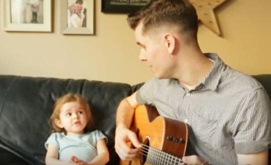 Super Cute 4-Year-Old Sings